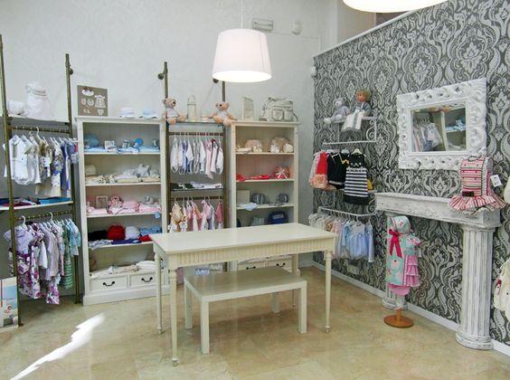 Decoracion de tiendas de ropa de ni os buscar con google for Decoracion de interiores locales de ropa