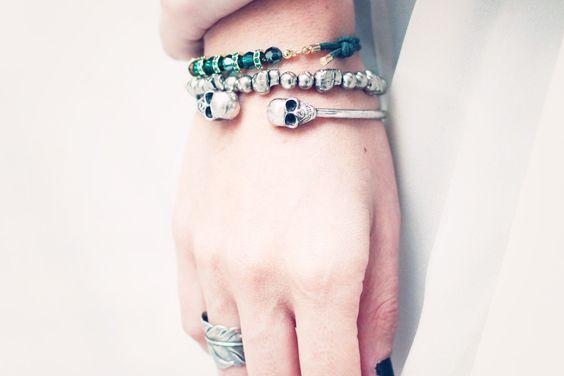 skull-bracelet-green-swarovski