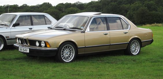 BMW_728_(E23)_2795cc_registerd_UK_August_1979_photographed_Knebworth_August_2012.jpg 2,933×1,439 pixels