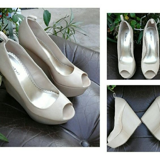 Beautiful  bebe Shoes VERY ,VERY  LIGHT Shoes Heels