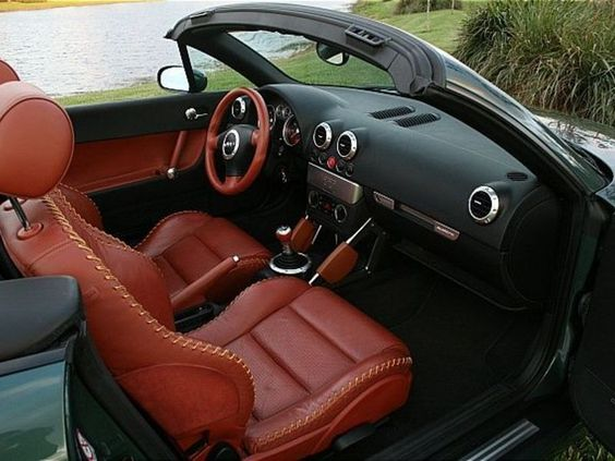 Cars nice and audi on pinterest for Interieur audi tt