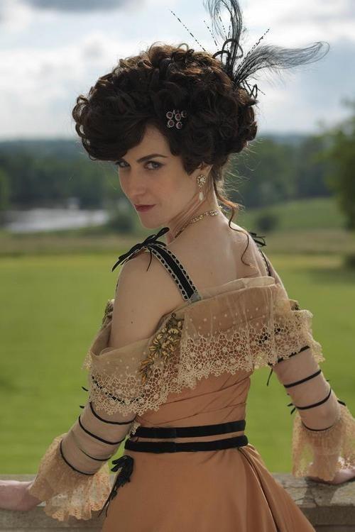 Katherine Kelly as Lady Mae Loxley in Mr Selfridge (TV Series, 2013).