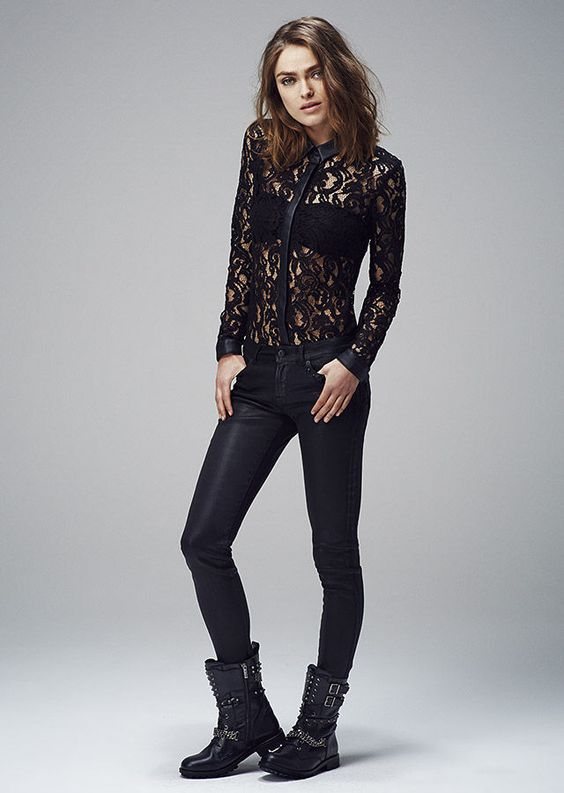 jean noir et chemise en dentelle ikks mode pinterest cailloux chemises et look rock. Black Bedroom Furniture Sets. Home Design Ideas