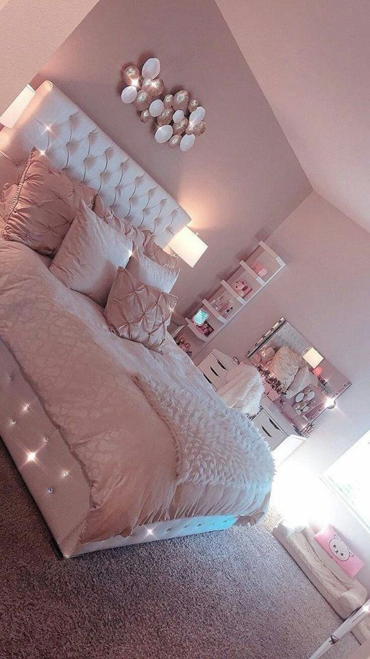 Pin By Reegan Lamb On The B E D R O O M Fur And Bling ღ Room Ideas Bedroom Girl Bedroom Decor Room Decor