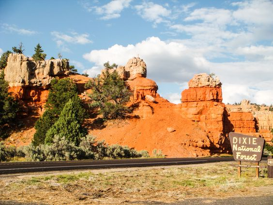 Einer der beliebtesten Nationalparks der #USA: der Bryce Canyon NP in #Utah. Ideal für Rundreisen mit dem #Mietwagen. Auf #USAMietwagenTips gibts die Routenidee und den #Mietwagen. [Foto:Pixabay]