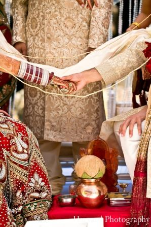Indian wedding rituals customs traditional httpmaharaniweddings indian wedding rituals customs traditional httpmaharaniweddingsgalleryphoto5312 maharani weddings pinterest traditional wedding and junglespirit Image collections