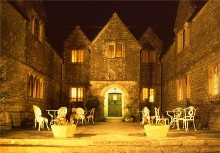 Beautiful 16th century manor house on the Isle of Purbeck with a fine dining restaurant