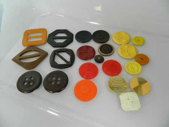 Buckles and Buttons Bakelite Celluloid and by 3sisterstreasures, $15.49