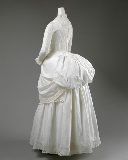Dress ca. 1885 via The Costume Institute of the Metropolitan Museum of Art