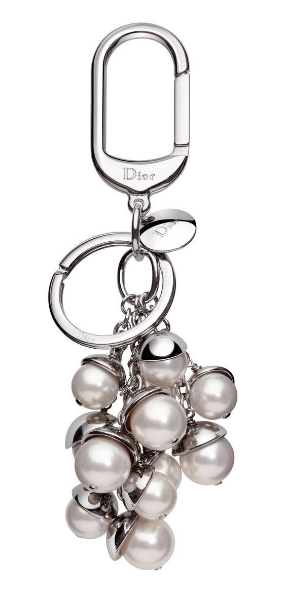 Dior keychain. I have been looking for a picture of a keychain . I think making one with dangling pieces of broken jewelry would be fabulous.