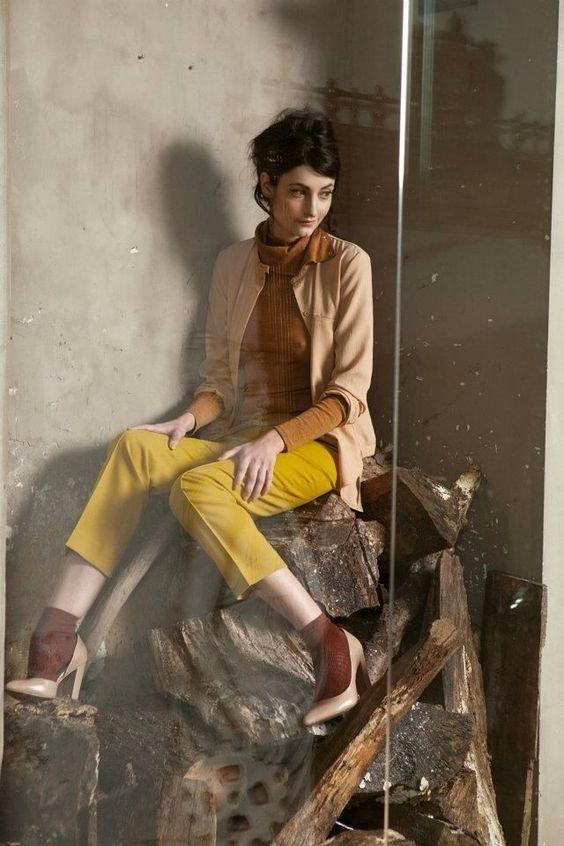 Rue Blanche, moda belga para mujer, diseños sencillos en colores cálidos
