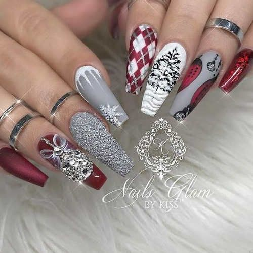 80 Best Winter Nails Red Colors For Long Nails Art Designs