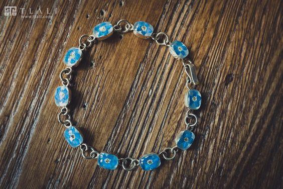 Forget-Me-Not Jewelry: Square Elegant Bracelet