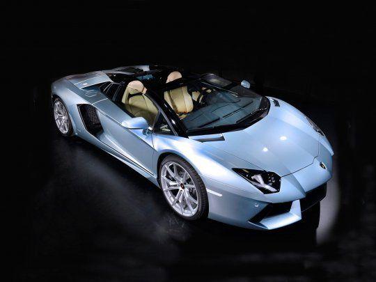 The Lamborghini Aventador LP700-4 Roadster