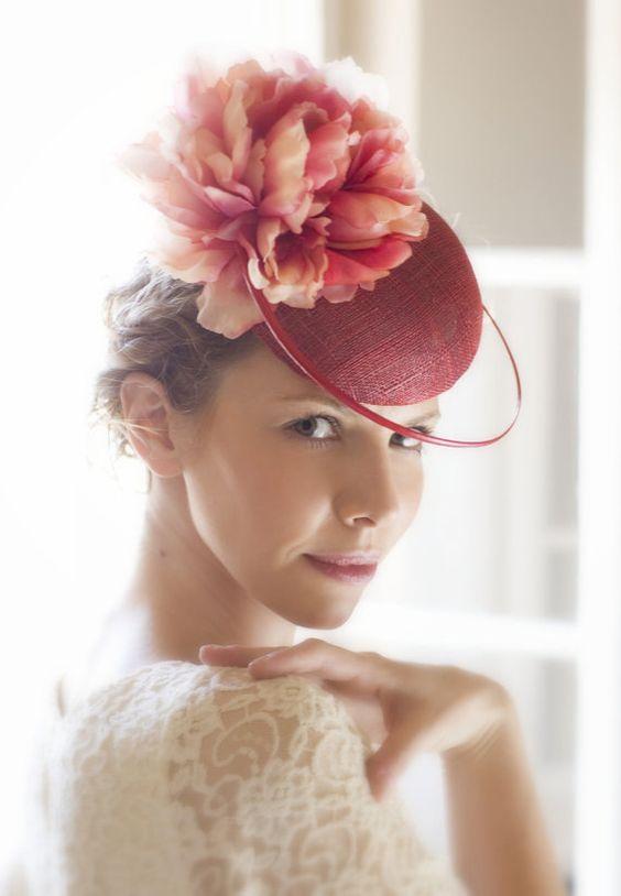 Red Cocktail Headpiece Racing / Gift Hat Box / / Elegant Wedding Hat Headware / Fascinator: