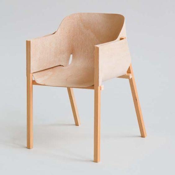 Sebastien Cordoleani Molded Plywood Chaise Capas