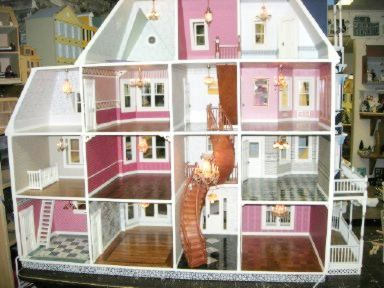 Queen Anne Minature Doll House Glencliff Dollhouse Kit