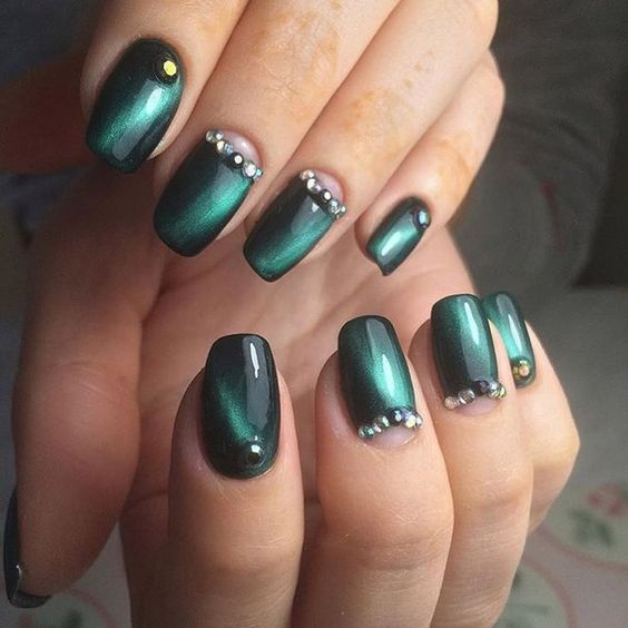 Cat eye nails, Evening nails, Fall nail ideas, Festive nails, Green nail ideas…: