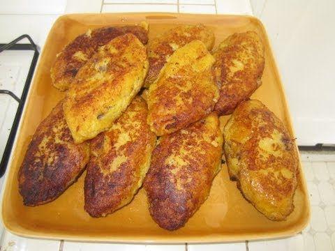 Empanadas de Platanos Maduro Rellena de frijoles y chorizo. Nicaragua recipe.  Sweet Plaintains patties stuffed with beans and spanish sausage.  Video in Spanish.