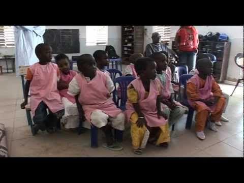 FOOTBALL -  Carnet de route : Visite des classes numériques Sankoré à Fatick - http://lefootball.fr/carnet-de-route-visite-des-classes-numeriques-sankore-a-fatick/