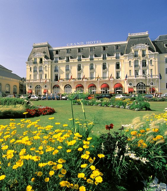 Cabourg en amoureux - Grand Hôtel, Cabourg (Romantic getaway in Cabourg, France)