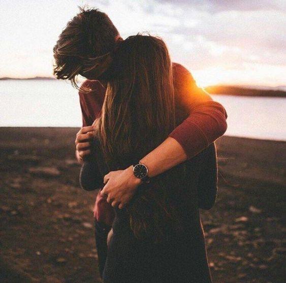 12 señales de que está contigo sólo por olvidar a su ex