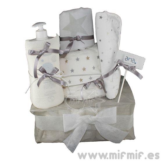 "Tarta de Pañales ""Gray Star Cake"" disponible en http://www.mifmif.es"