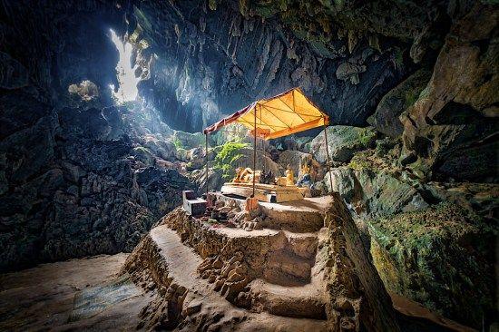 Tham Phu Kham Cave part 2, Laos: