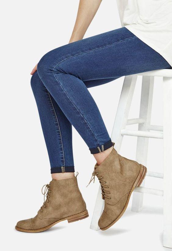 Kassy Schuhe in Taupe - günstig kaufen bei JustFab