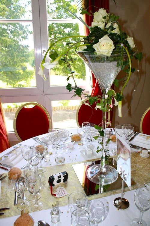 Location vases martini d coration table mariage magny en - Miroir centre de table ...