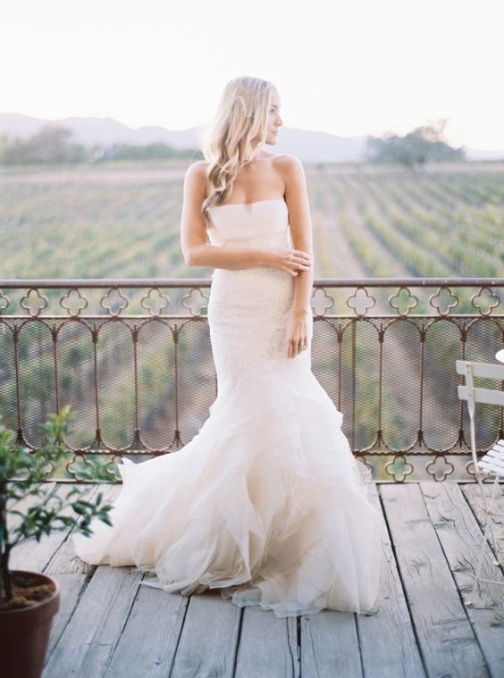 Mixed media: http://www.stylemepretty.com/2015/08/25/our-favorite-brides-who-rocked-vera-wang/: