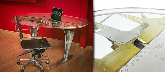 Twin-Tail Beech Desk | MotoArt