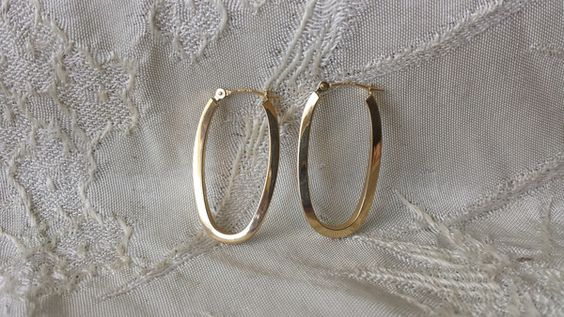 "14k Yellow Gold 1 1/4"" Long Square Tube Hoop Earrings Estate Find"