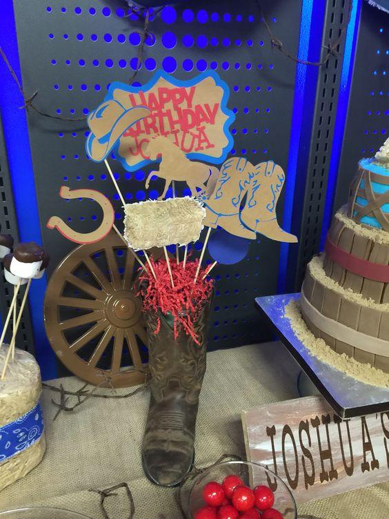 #cowboycake #westercake #cowboy #western #boybirthdayparty #party #birthdayparty #cake #wemakeyourcake #centerpiece #cowboycenterpiece #centerpieces #table #boots