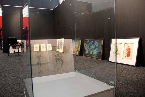 Монтаж выставки в Музее изобразительных искусств. Фото Жени Шведы