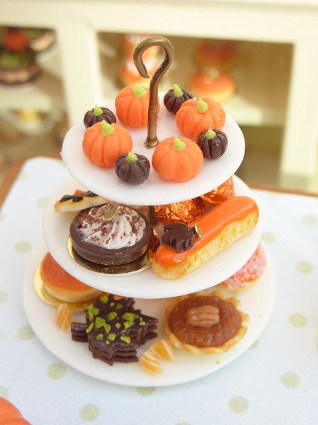 Pastry Display in Fall / Autumn Colours - 12th Scale Miniature Food