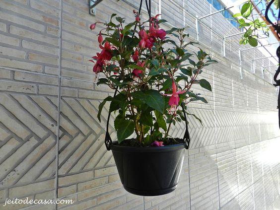 Jeito de Casa: flores - brinco de princesa