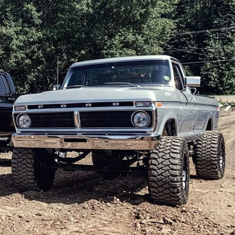 Nate Wenger Says My Ford 4x4 It Underwent A Frame Off Restoration 460 Cubic Inch Motor 5 Of Lift 20x14 Rims With 36x15 50 Tires In 2020 Trucks Old Trucks Car
