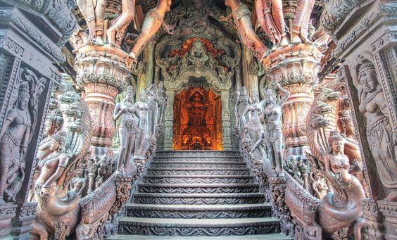 Entering The Sanctuary Of Truth Thailand Photos Thailand Pattaya