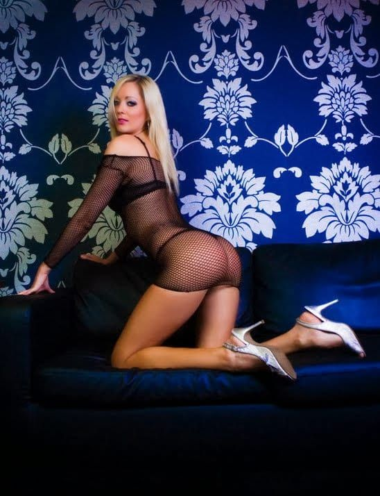 Strip Magazine Com Celebrity Lap Dancer Sofia Reveals What It Really Takes To Be Successful In The Lap Dancing World Lap Dancer Celebrities Girls Be Like