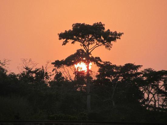 sun                 Togo