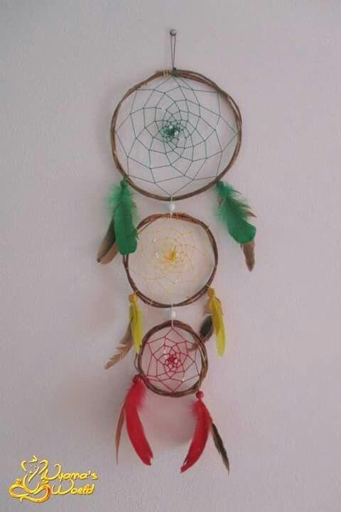Dreamcatcher com 68cm de comprimento . Arco1 : 20cm ; Arco2 : 13,5cm ; Arco3 : 9,5cm . Preço : MP