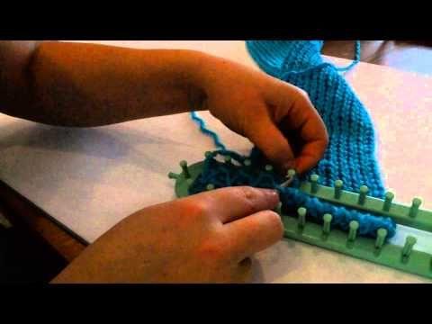 Comment faire une echarpe au tricotin long en tricot double 2eme partie youtube tricotin - Faire une boutonniere au tricot ...