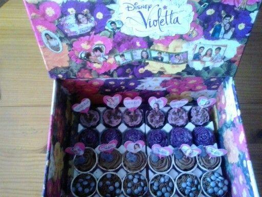 Mini cupcakes de  violeta