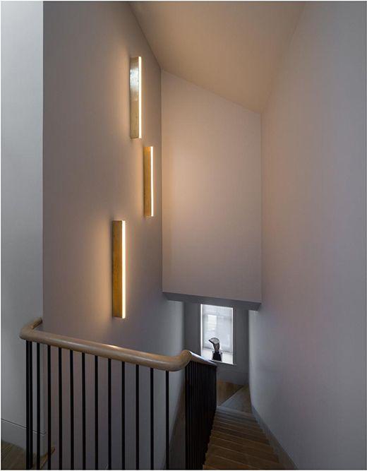 吹き抜け 階段 照明例