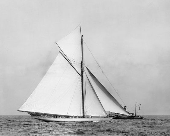 Valkyrie Iii Racing Cutter 1895 Photo Reproduction 8x10