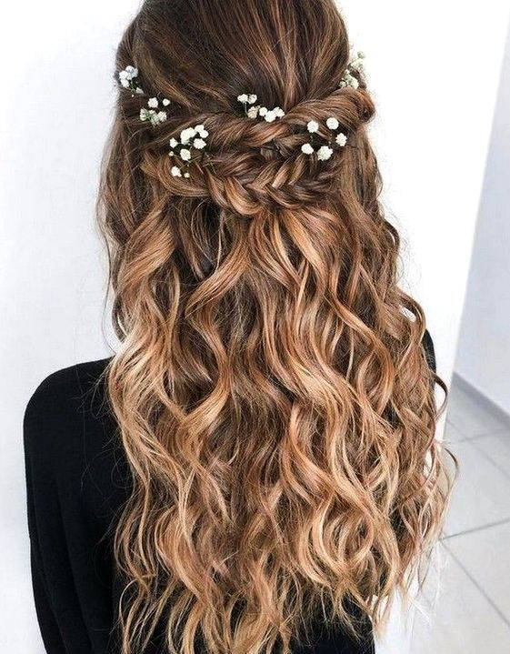 Easy Hairstyle Girls Girls Easy Hairstyle Cute Hairstyle Girls Quick Hairstyle For Girls Cute Hairstyle For Hair Styles Long Hair Styles Boho Wedding Hair