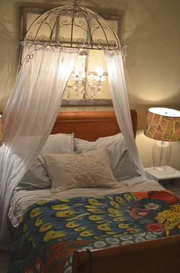 Diy bed canopy maybe use an old umbrella shell to start for Hanging canopy over bed