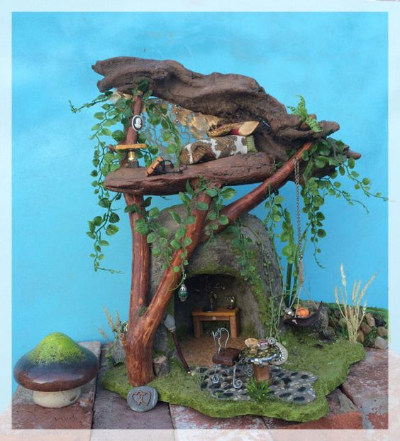 Frairy Garden House with Furniture // by KimberlysDreamCraft