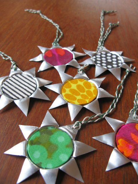 clever way to recycle tea lights into star ornaments